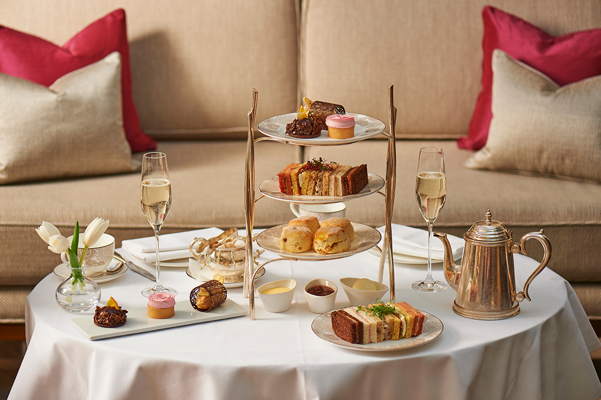 Traditional_afternoon_tea-1